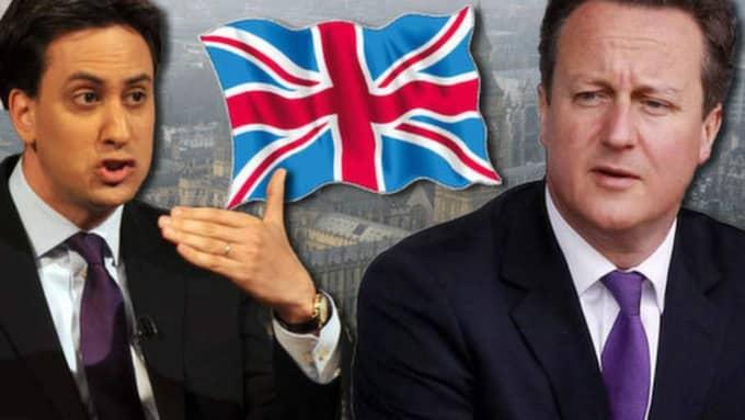 Labourledaren Ed Miliband (till vänster) är utsatt för hård press från sitt eget parti. David Cameron (till höger) kritiseras av sina egna för att inte vara tillräckligt tuff mot EU.